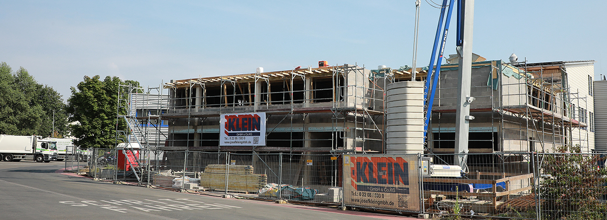 Umweltfreundlicher Erweiterungsbau des Logistikgebäudes RSAG in Troisdorf
